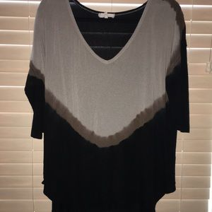 Tops - GUC V-Neck 3/4 Sleeve Top Size L
